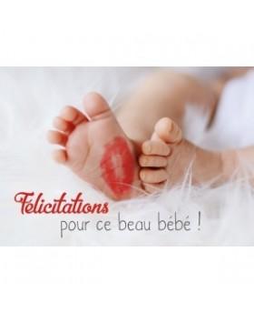 Carte Double Naissance Pieds de bébé avec marque de bisou
